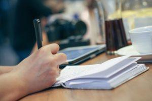 カフェで英語勉強中