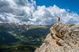 山頂で目標達成した人