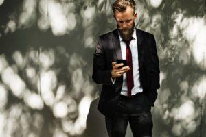 ビジネス英会話で電話をかける
