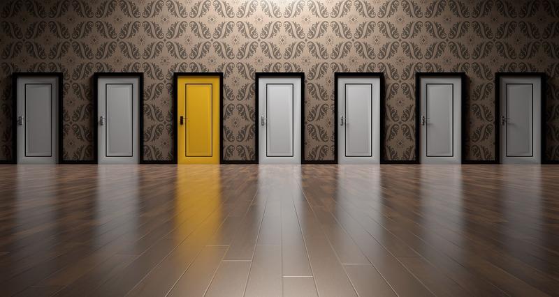 選択するドアがいっぱい